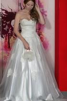 Hochzeitskleid mit Spitz