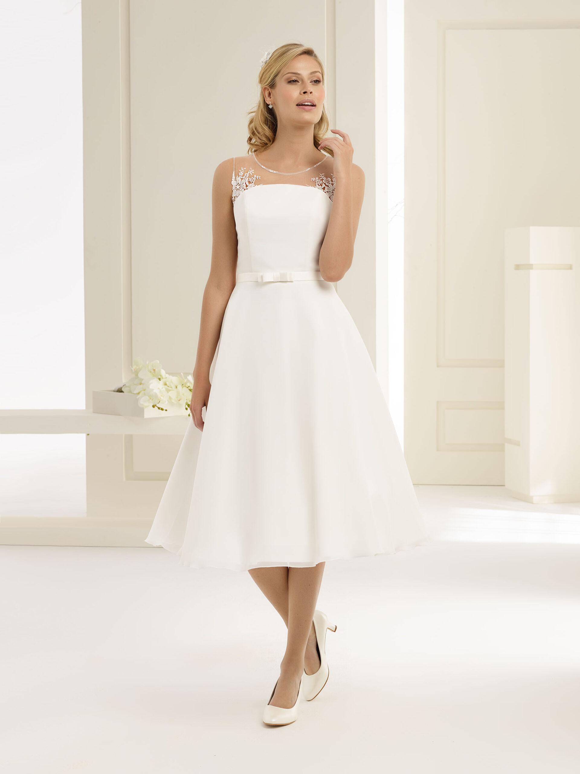 Klassisches Tapazia Brautkleid